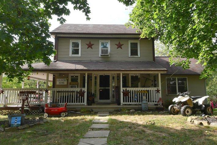 Farm House Online Reserve Auction