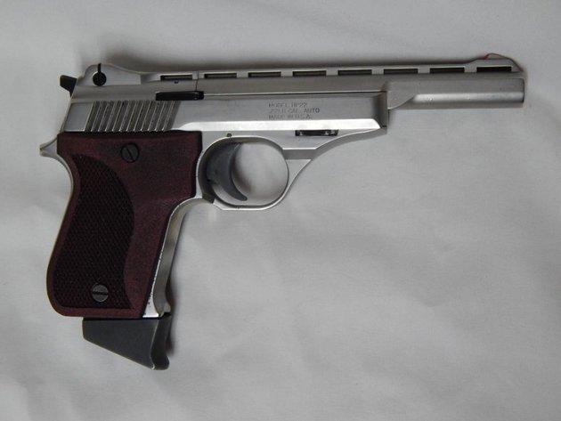 ICECUBE TOO: A HANDFUL OF GUNS #32