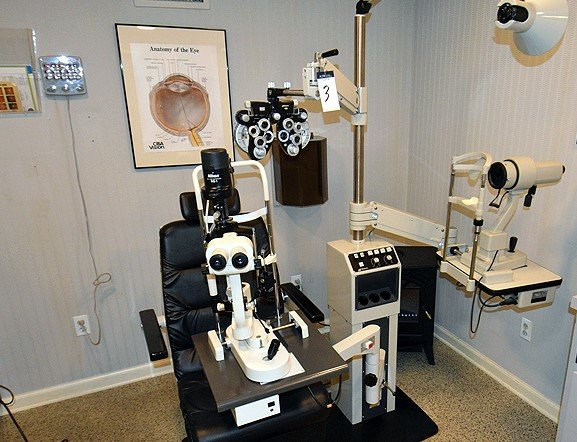 Complete Contents of Optometrist Lab & Office