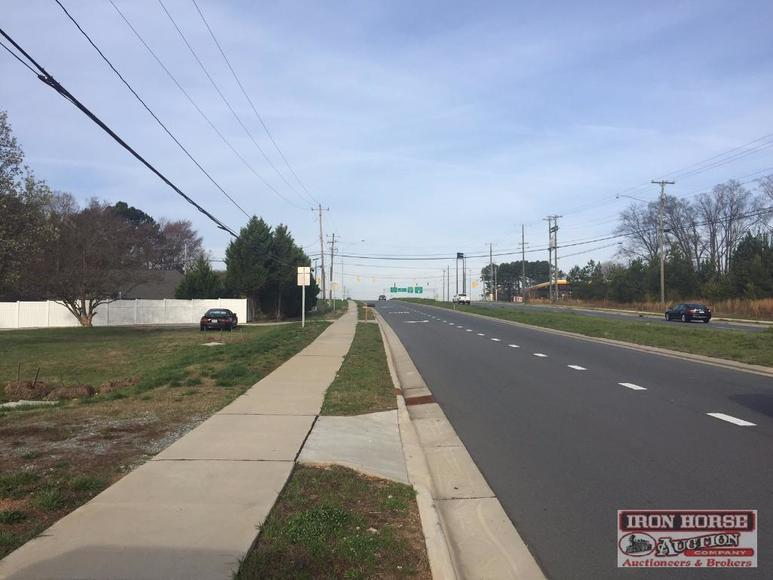 3.82+/- Acres of Commercial Land in Concord, NC/ I-85