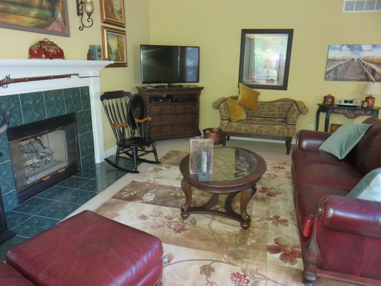 KINGS MILLS REAL ESTATE AUCTION