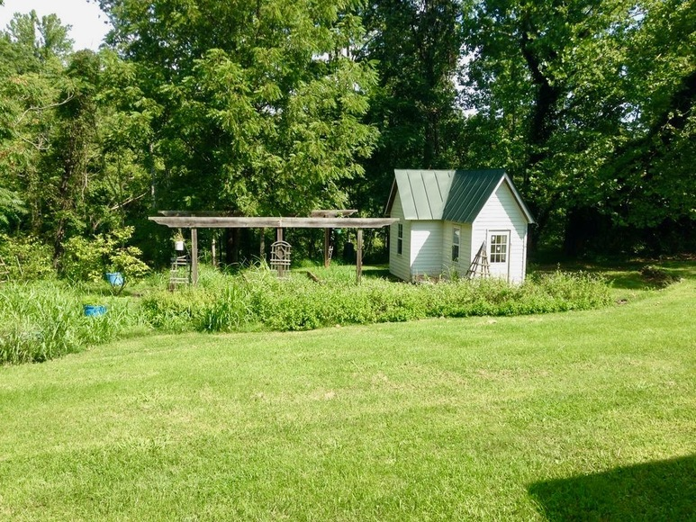 Featured Image for 4 BR Farm Style Home on 8.8 +/- Acres in Madison County, VA!!