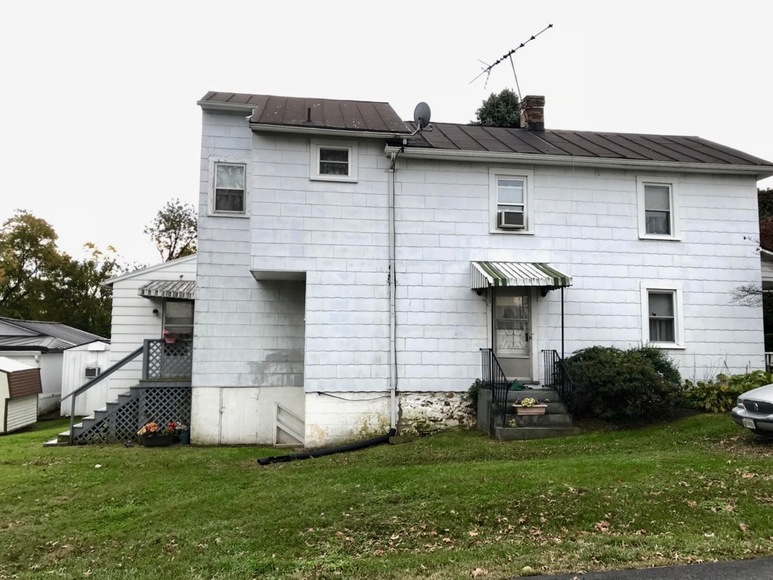 Featured Image for 3 BR/2 BA Home w/Basement in Downtown Purcellville, VA--Loudoun County