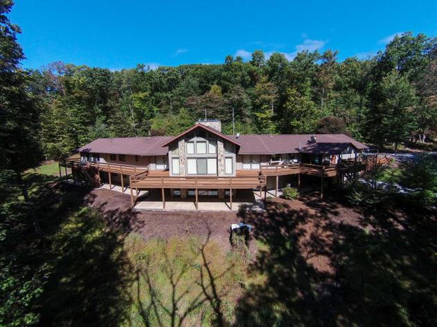 Premiere Real Estate Auction - Spring Hill Acres