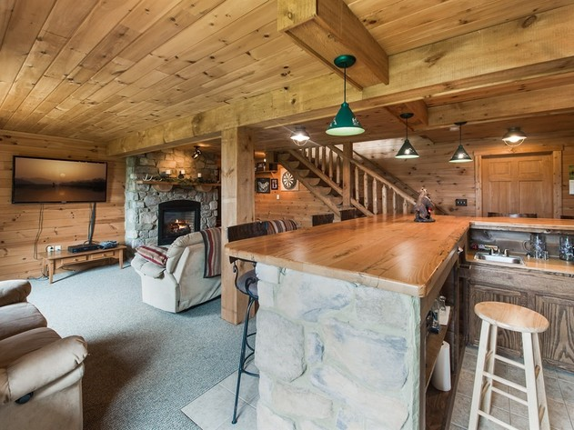 Auction - Log Home on 14 Acres with In-Law Quarters