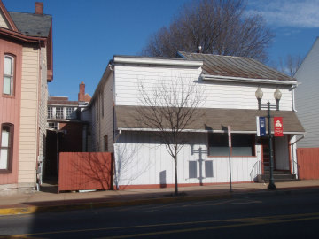 Mixed-Use Real Estate Auction - Apartments and Store Front