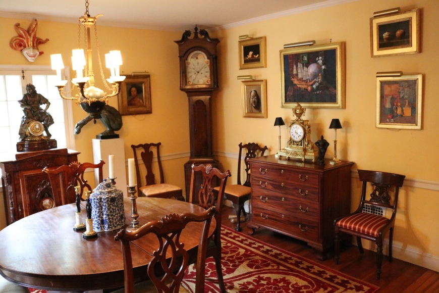 Alderfer Simulcast: Single Owner -  The Hellyer Collection - featuring Books, Decorative, Sterling, Clocks, Furnishings and Fine Art: 8-23-18