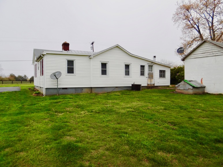 Featured Image for 3 BR/2 BA Home on 4.6 +/- Acres in Orange County, VA--Sells to the Highest Bidder!!