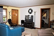 2 Bed 1.5 Bath - Downtown Lewisburg, WV - Online Only