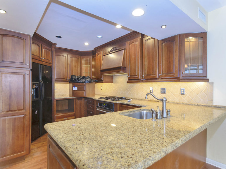 Image for Souderton PA - 3 BR, 2.5 BA Carriage Home w/ Garage & Finished Basement - 206 Parkview Dr