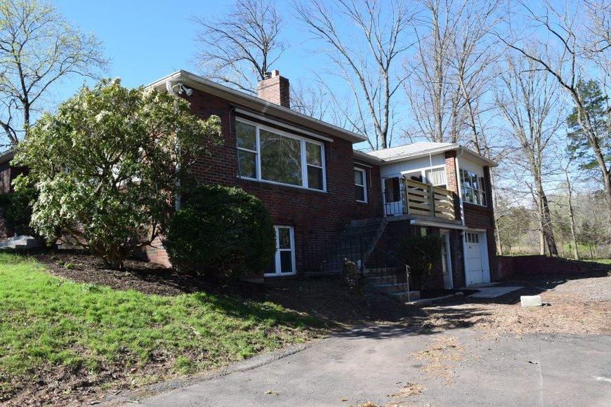 Real Estate Auction - Schwenksville, PA: 5-30-19