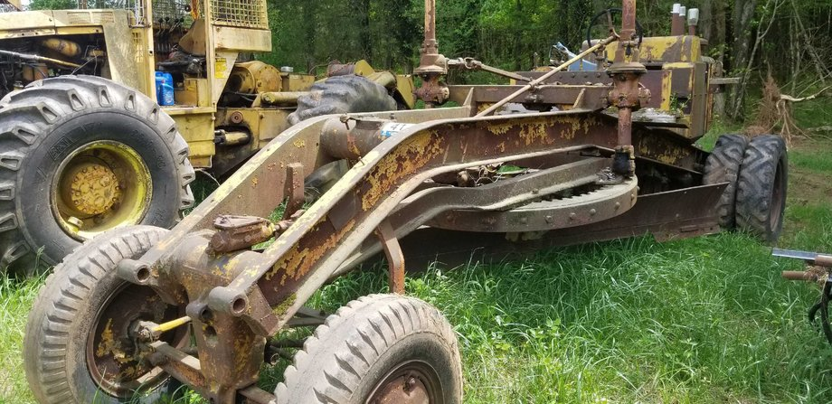 Large Estate Auction of Vintage Vehicles, Military Memorabilia