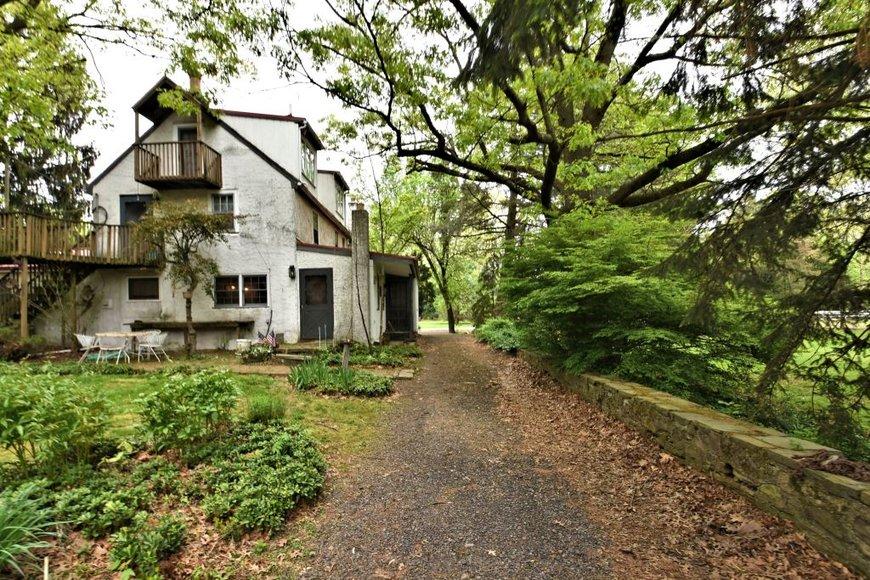 Real Estate Auction: Colmar: 5-29-19