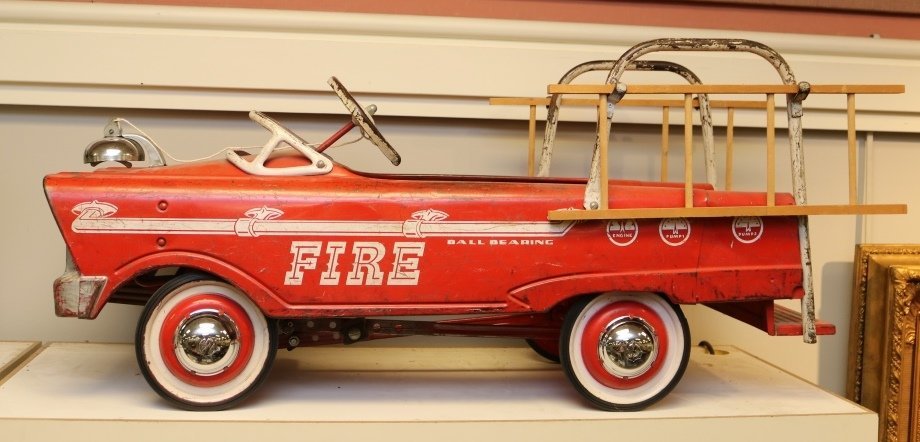 Gallery Auction with Toys, Trucks and Nostalgic Items: 5-9-19