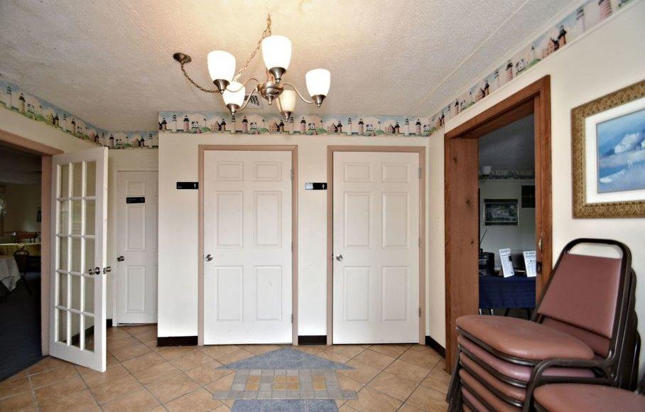 Commercial Real Estate Auction: Slatington, PA: 6-11-19