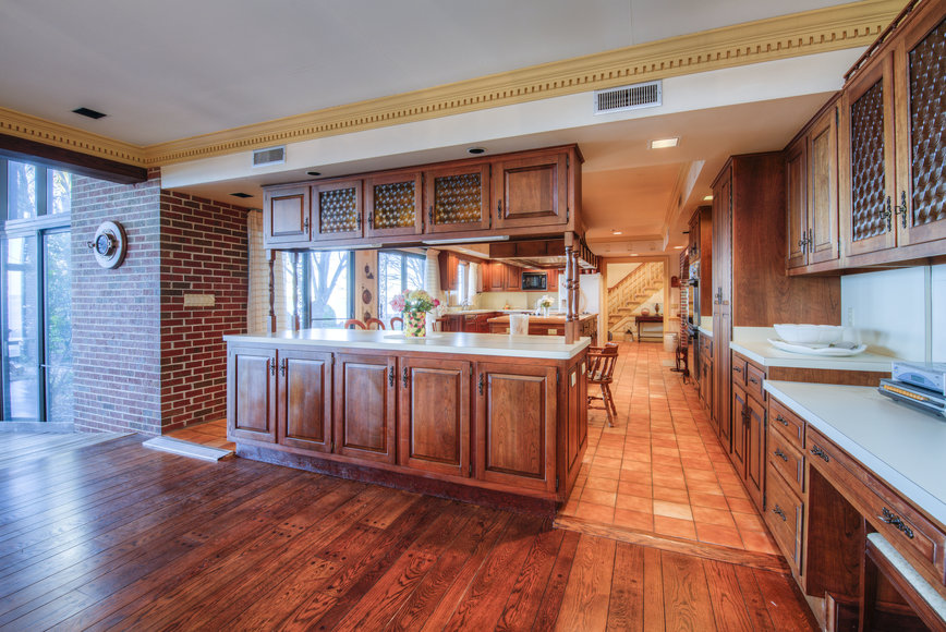 Image for 11 BR/12 BA Rappahannock River Front Mansion on 2.4 Acres on
