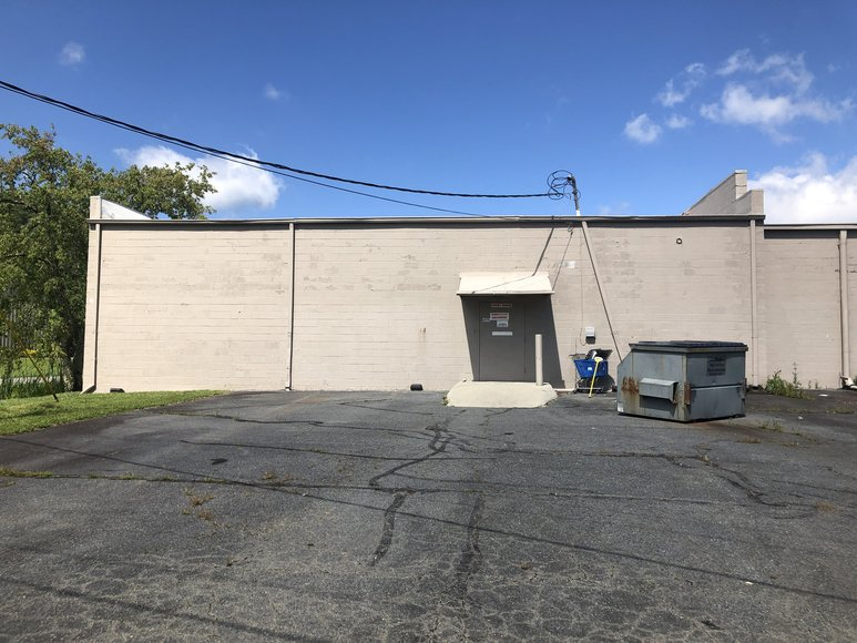 Receivership Auction of a Commercial Building, Commercial Acreage and a Residential Lot