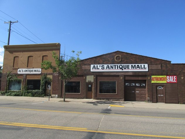 Commercial Real Estate Online Auction - 6000 sq ft on Busy Street!