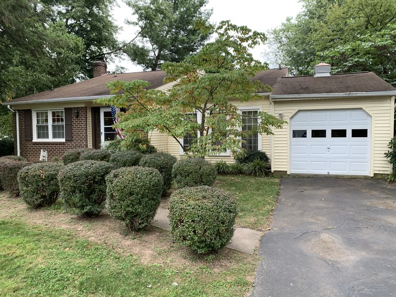 Image for 3 BR/2.5 BA Home in Fairfax County Only 5 Miles From Dulles Airport