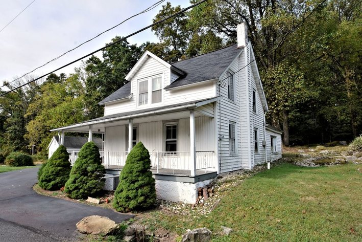 Real Estate Auction - 950 Allentown Road, Green Lane, PA: 10-23-19