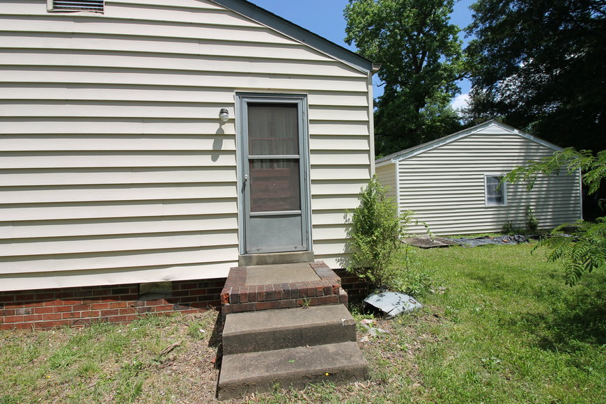 Image for 3 BR/1.5 BA Home w/Large Detached Garage in Terry Heights--Henrico County, VA   ONLINE ONLY BIDDING!!