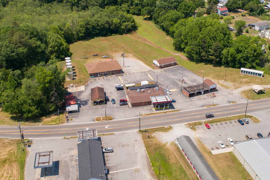 Image for Operational Convenience Store, Laundromat, Car Wash, Storage Units & Office Building on 8+ Acres--SELLING to the HIGHEST BIDDER!!