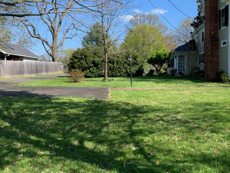 Image for Stately 3 BR/2.5 BA Home on 1.28 +/- Acre Lot in Hamilton, VA--SELLS to the HIGHEST BIDDER!!