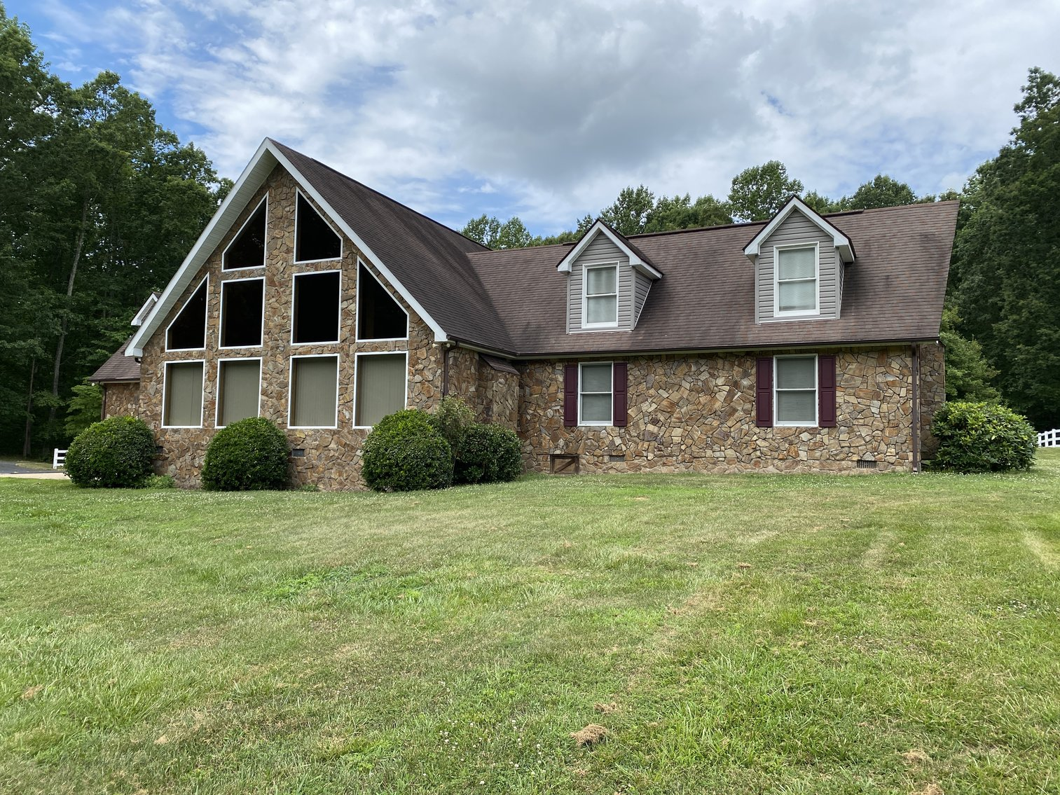 Image for 3 BR/5 BA Lake Anna Home on 1.4 +/- Acres w/40x60 Detached Building w/Office--Louisa County, VA