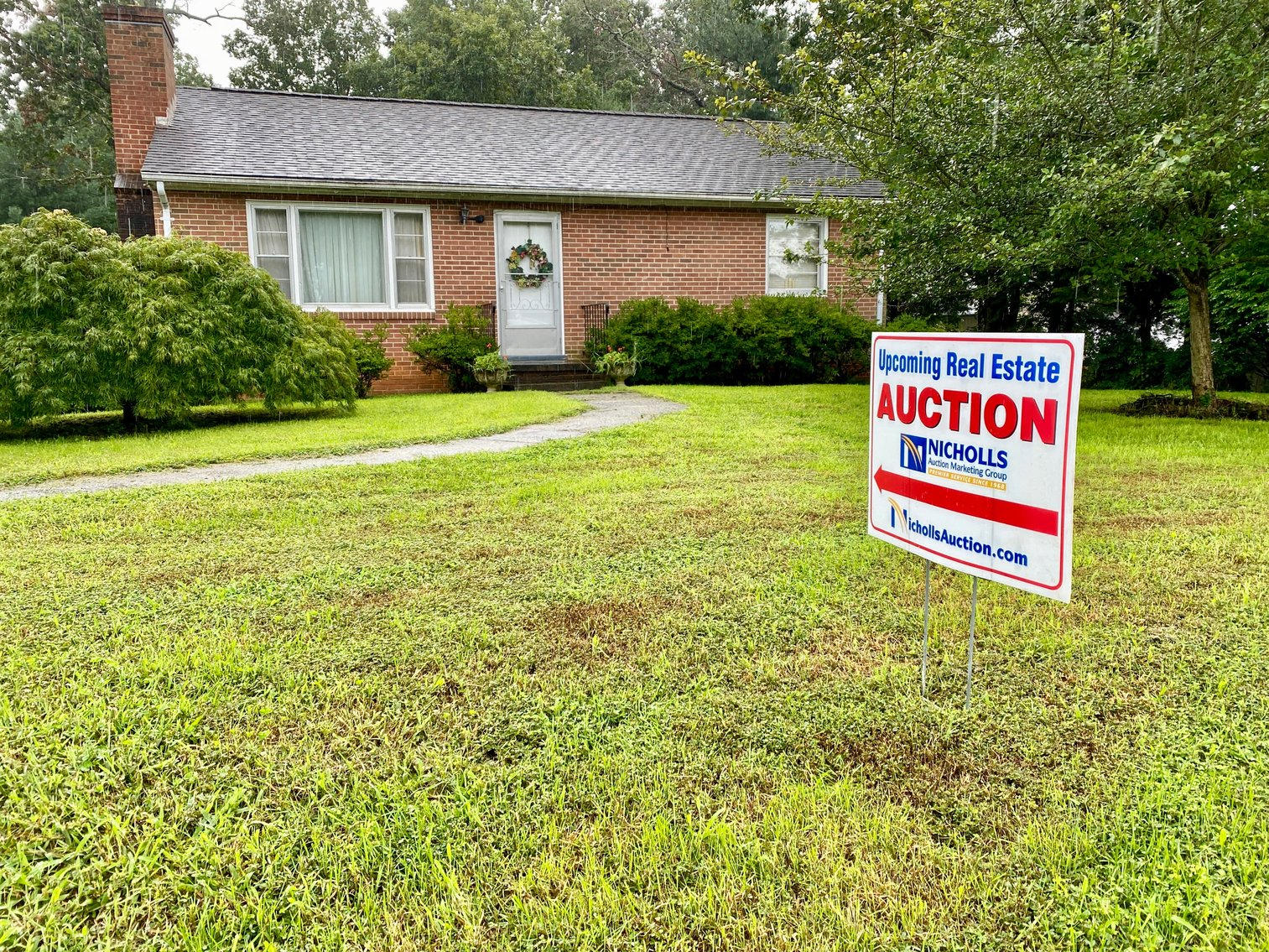 Image for 3 BR/2 BA Brick Home on 1.18 +/- Acres w/R6 Zoning Only 3.5 Miles From UVA--SELLING to the HIGHEST BIDDER!!