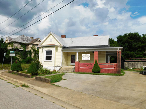 PRIME COMMERCIAL REAL ESTATE - GREAT LOCATION