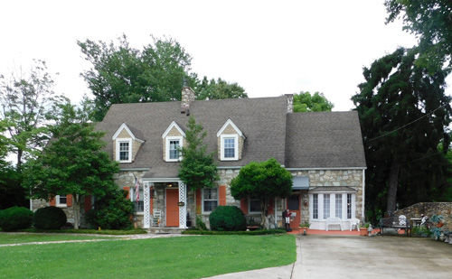 BEAUTIFUL 5 BEDROOM STONE HOME & PERSONAL PROPERTY