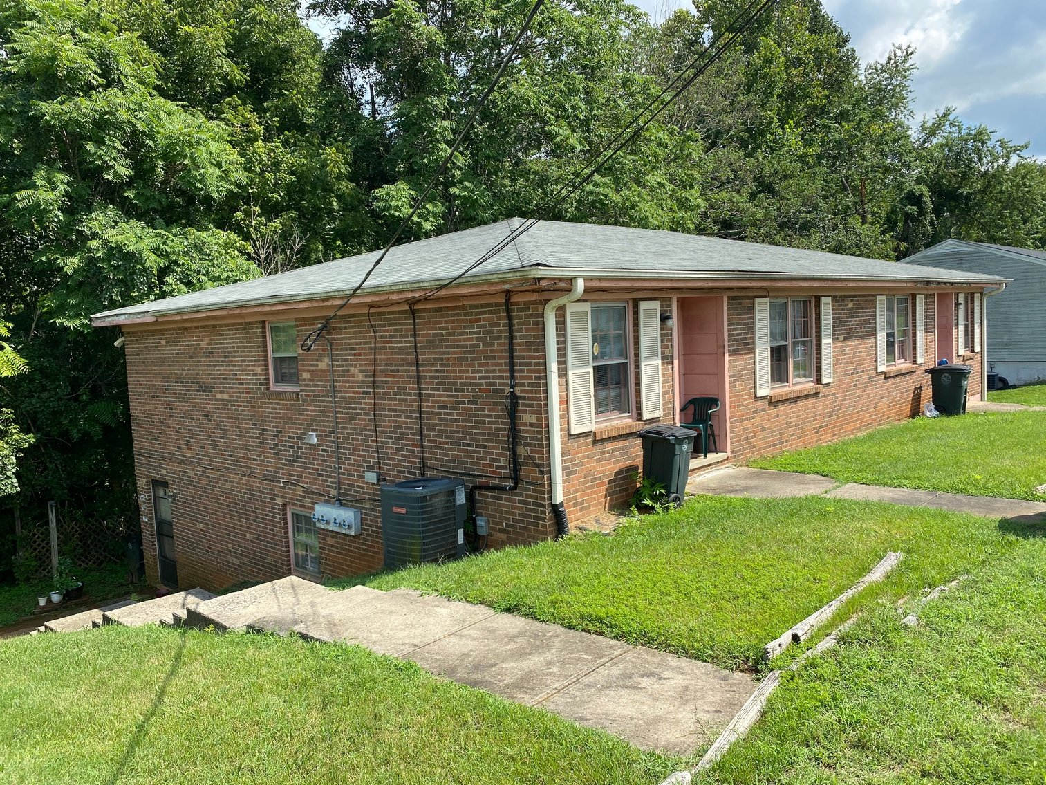 Image for ABSOLUTE REAL ESTATE AUCTION: 4 Plex on 0.49 Acres (Lynchburg, VA)