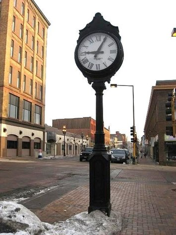 HERMANTOWN ONLINE AUCTIONS: HISTORIC DULUTH STREET CLOCKS, EXOTIC HARDWOODS, MOTORHOME AND MORE ONLINE AUCTION - CLOSED!