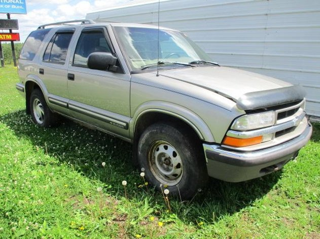 BUHL ONLINE AUCTIONS: SUV, PLOW TRUCK, CAR & TRAILER ONLINE AUCTION -  CLOSED!