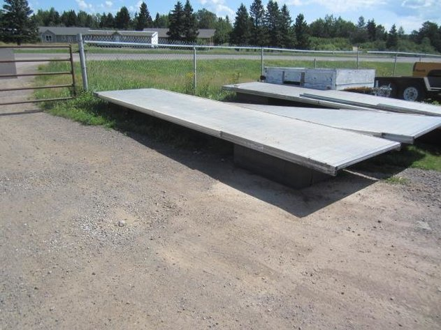 HERMANTOWN ONLINE AUCTIONS: FLOATING DOCKS ONLINE AUCTIONS - CLOSED!