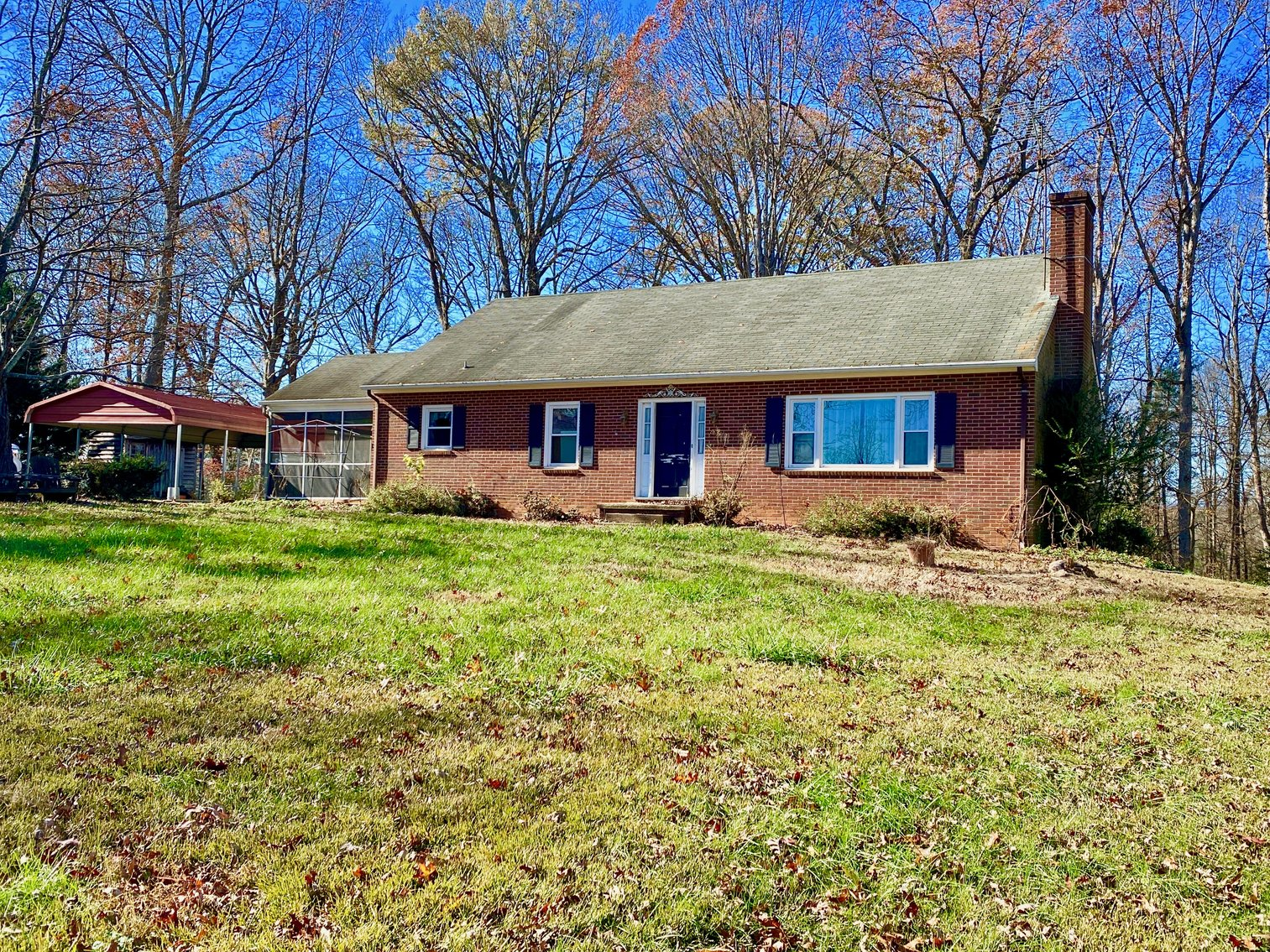 Image for 3 BR/3 BA Brick Home w/Walk-Out Basement on 1.6 +/- Acres in Charlottesville, VA--SELLING to the HIGHEST BIDDER!!