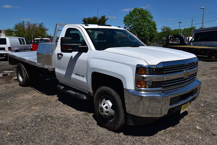 Commercial Trucks & Equipment