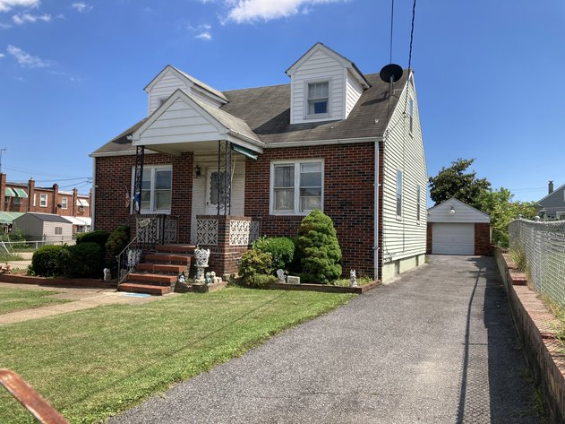4 BR, 2½ BA BRICK FRONT CAPE COD W/ 1 CAR DETACHED GARAGE AND SHED