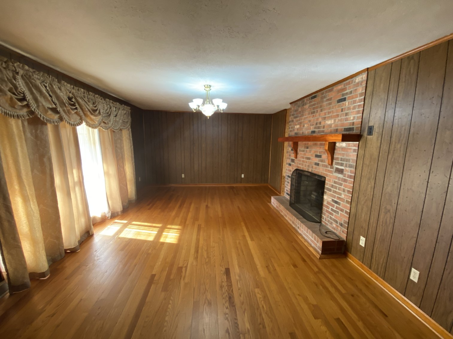 Image for 3 BR/3 BA Brick Home w/Outbuildings on 2.7 +/- Acres in Orange County, VA--SELLS to the HIGHEST BIDDER!!