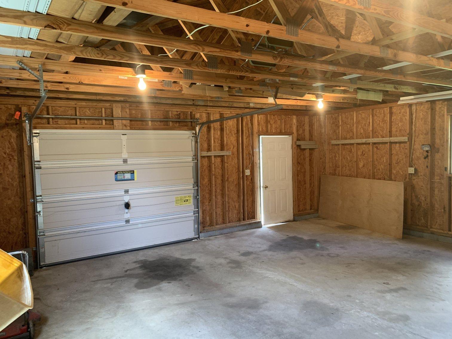 Image for 3 BR/2.5 BA Custom Built Home w/Detached Shop/Garage in King George, VA--SELLS to the HIGHEST BIDDER!!