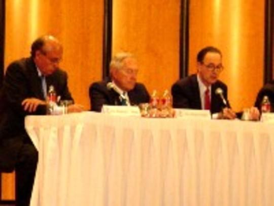 Spring 2007: Ambassador Abelardo Valdez, Ambassador Robert Krueger and the Honorable Roger Wallace