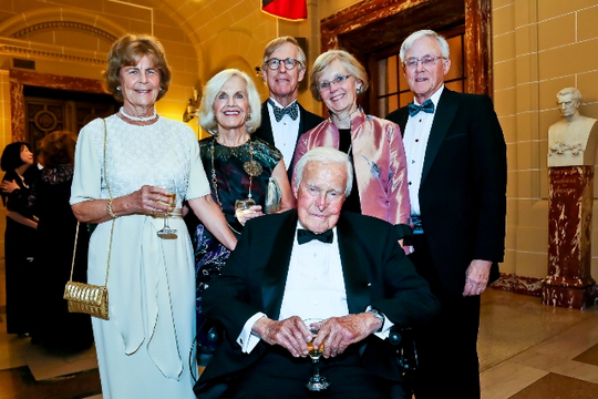 30th Anniversary Gala: Ambassador Robert D. Stuart, Jr., Lillan Stuart and Family. Photo credit Tony Powell