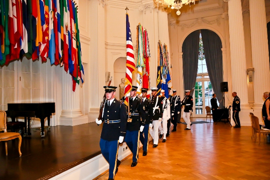 30th Anniversary Gala: Armed Forces Color Guard. Photo credit Tony Powell