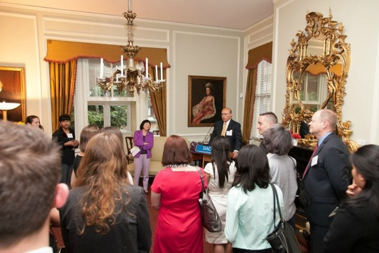 Ambassador Valdez welcomes the 2014 Fellows