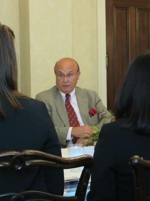 Ambassador Valdez addresses the CAA Fellows