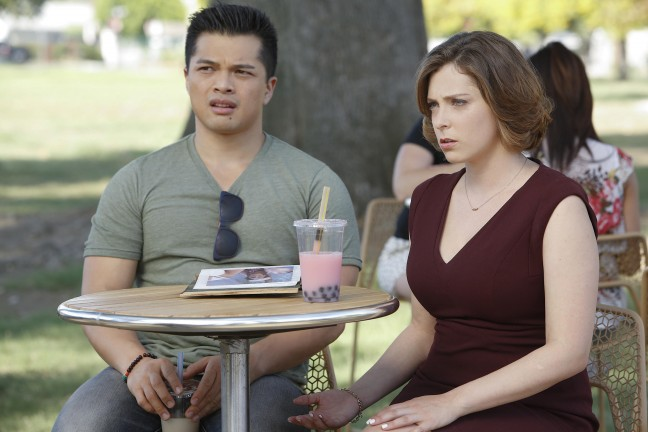 "Crazy Ex-Girlfriend's ""Josh and I Are Good People!"" episode. Vincent Rodriguez III as Josh and Rachel Bloom as Rebecca. Photo credit: Greg Gayne/The CW."