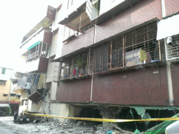 Collapsed building in Tainan