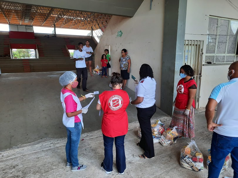 Distributing essential supplies to refugees in Boa Vista, Brazil