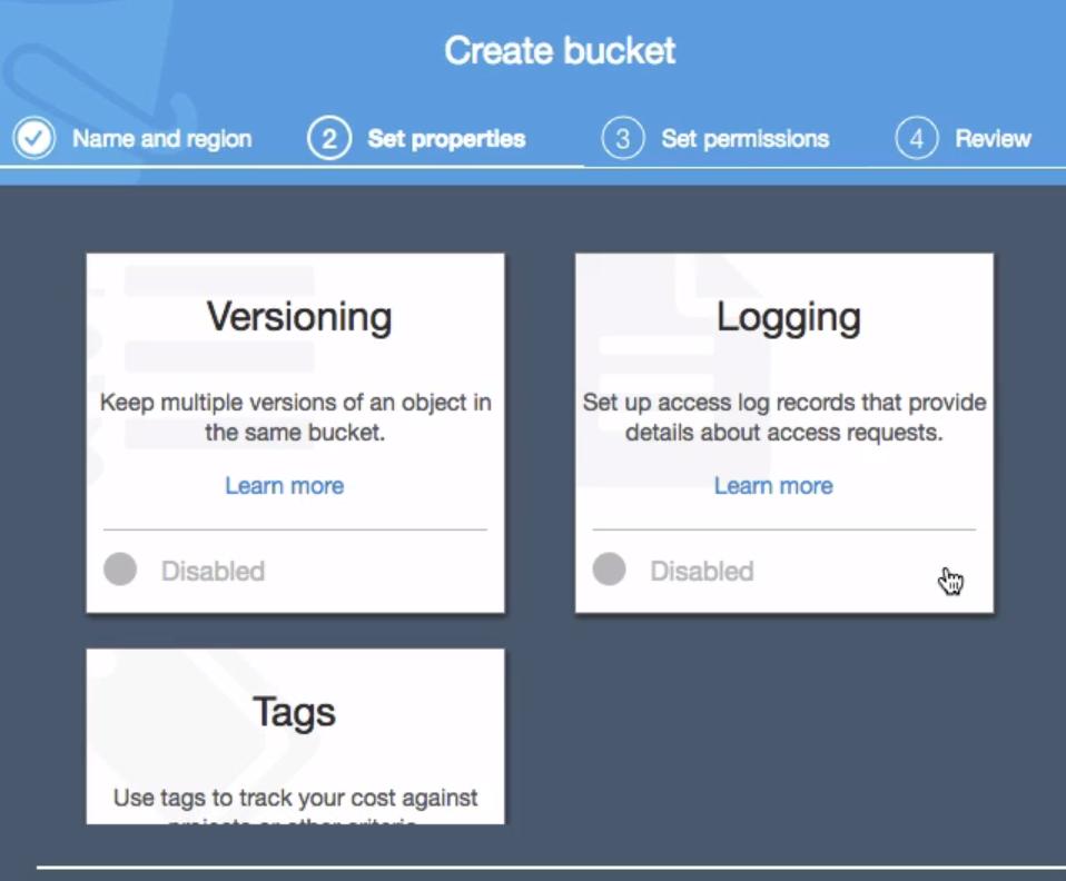 opções para versionamento, logging e tags