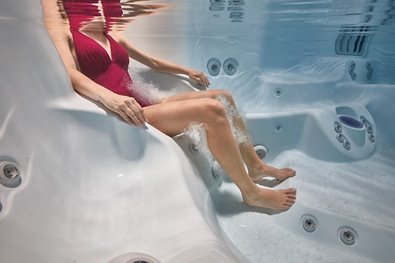 An underwater image of hot tub seat that is the perfect size for the user